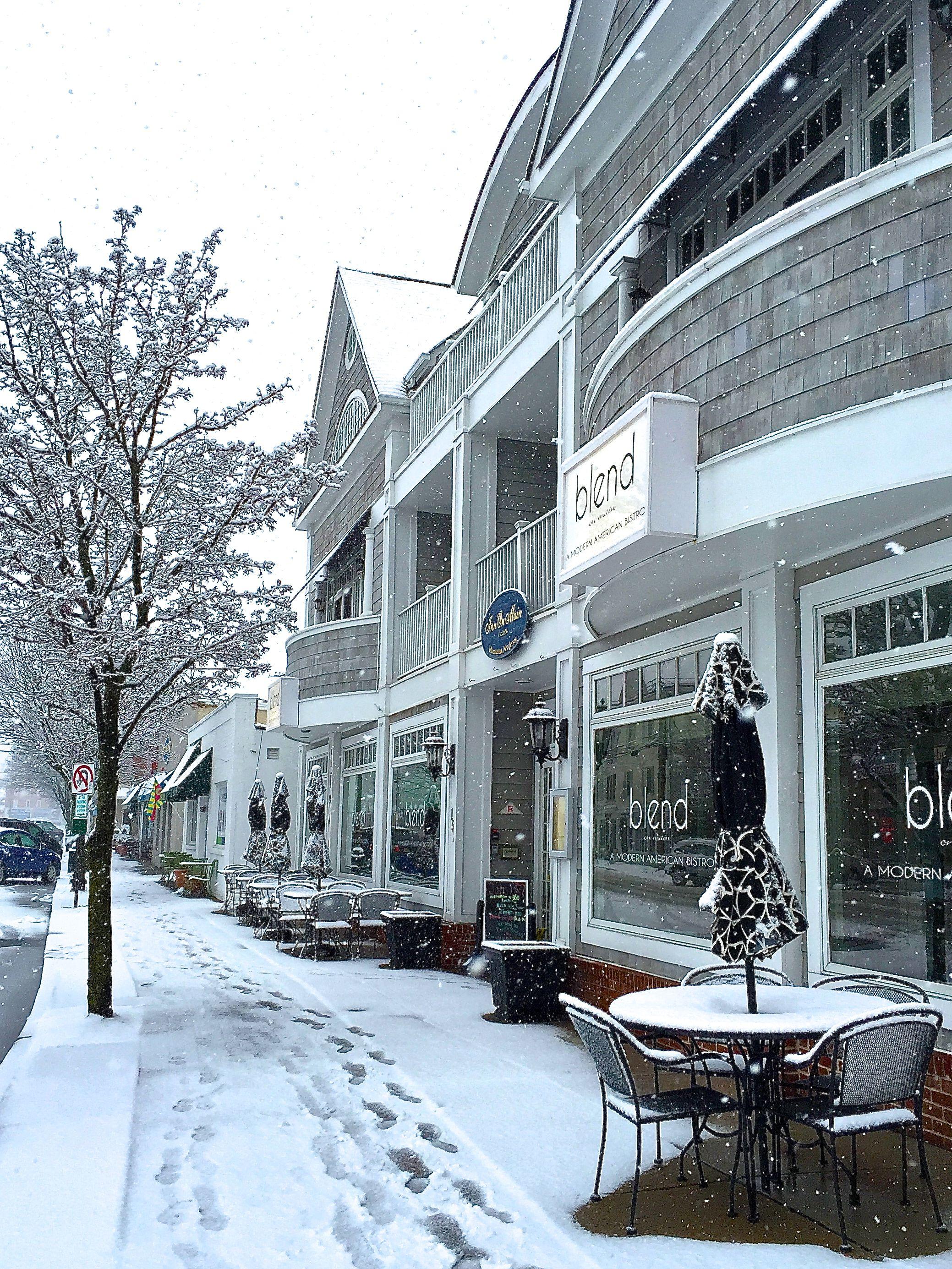 facade_snow