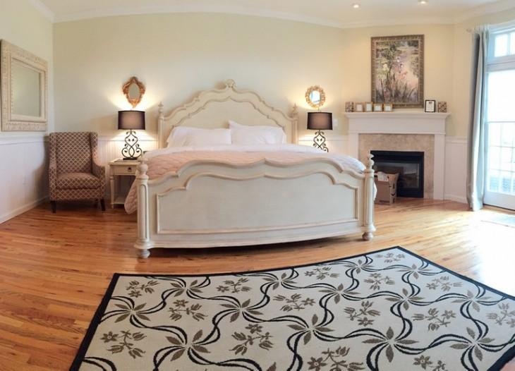 Room 205 wide